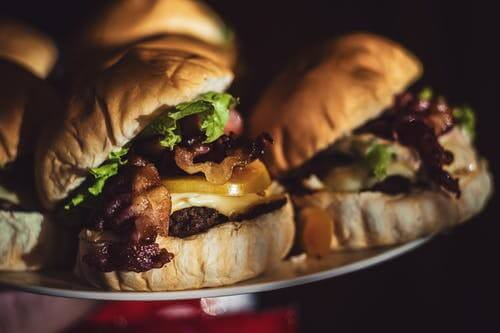 Burger King sponsors Stevenage – Video